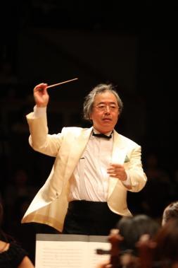 指揮者:黒岩秀臣